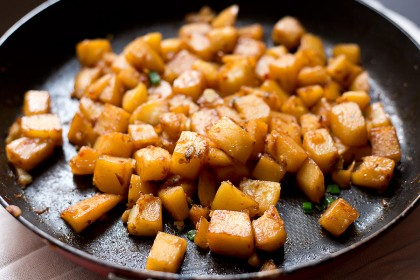 Sweet and Spicy Braised Potatoes