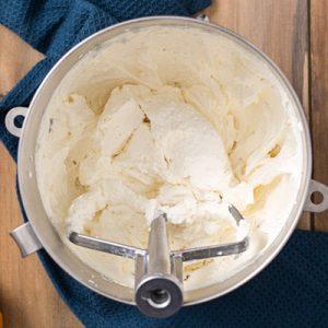 graham cracker cream cheese buttercream frosting for pumpkin cake frances.menu